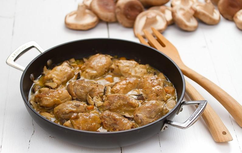 mesa-habla-receta-conejo-castanas