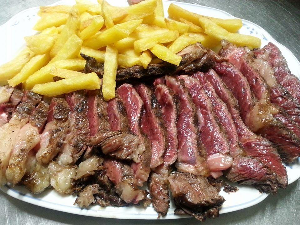mesa-habla-casa-juan-plasencia-carnes-rojas