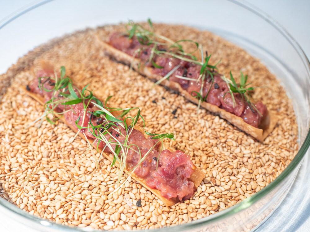 mesa-habla-steak-tartare-trigo-valladolid