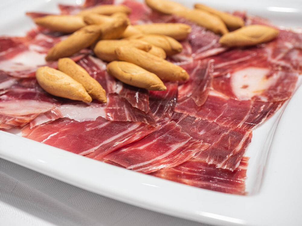 mesa-habla-restaurante-segoviano-madrid-jamon-iberico