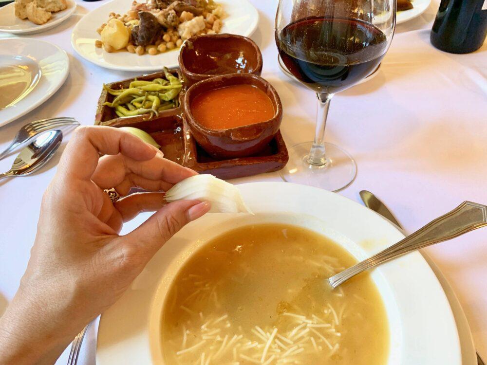 mesa-habla-cocido-madrileno