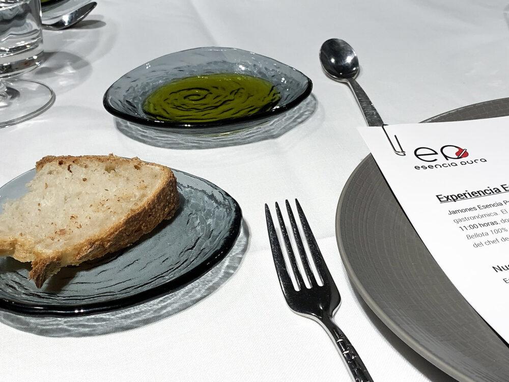 mesa-habla-esencia-pura-aove