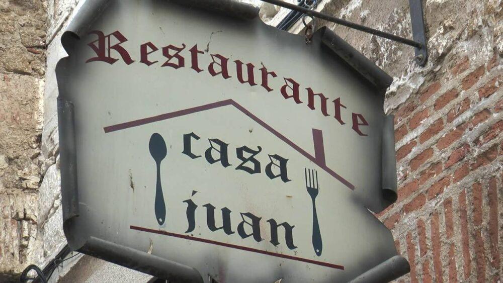 mesa-habla-casa-juan