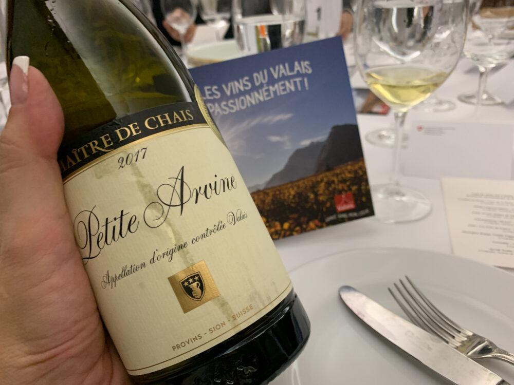 mesa-habla-vinos-canton-valais-suiza
