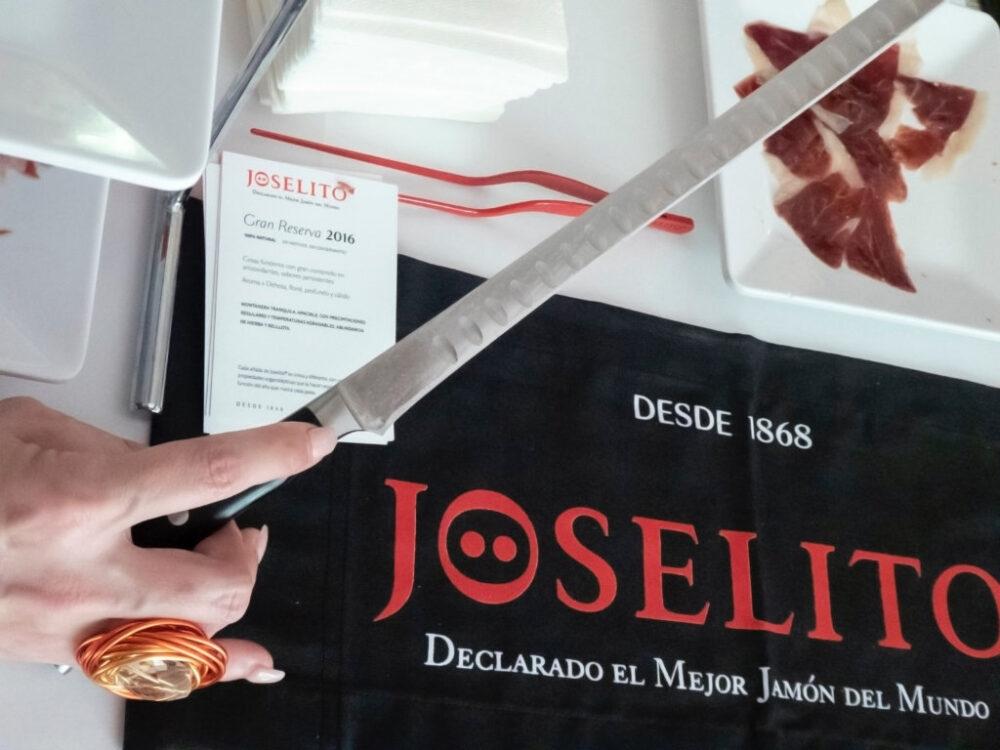 mesa-habla-jamon-joselito