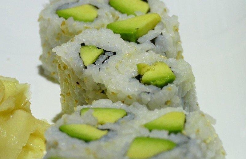 mesa-habla-cocina-japonesa-sushi