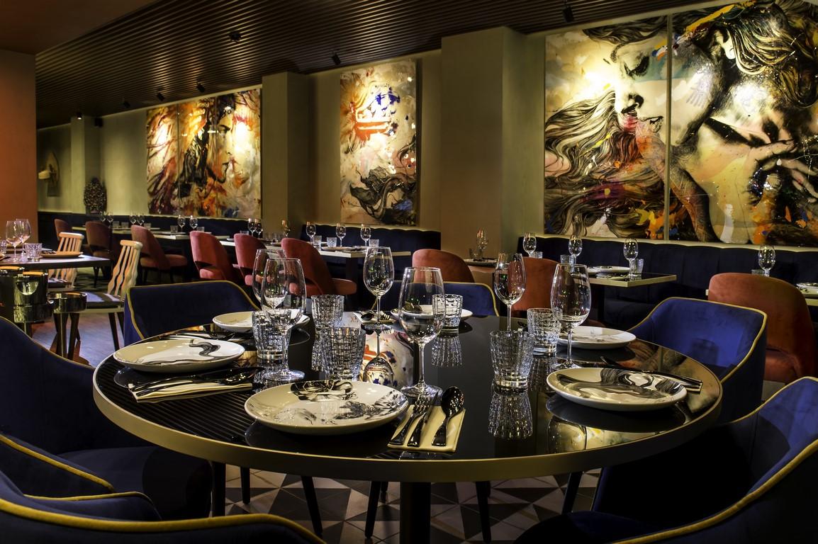 restaurante-iztac-mesa-habla