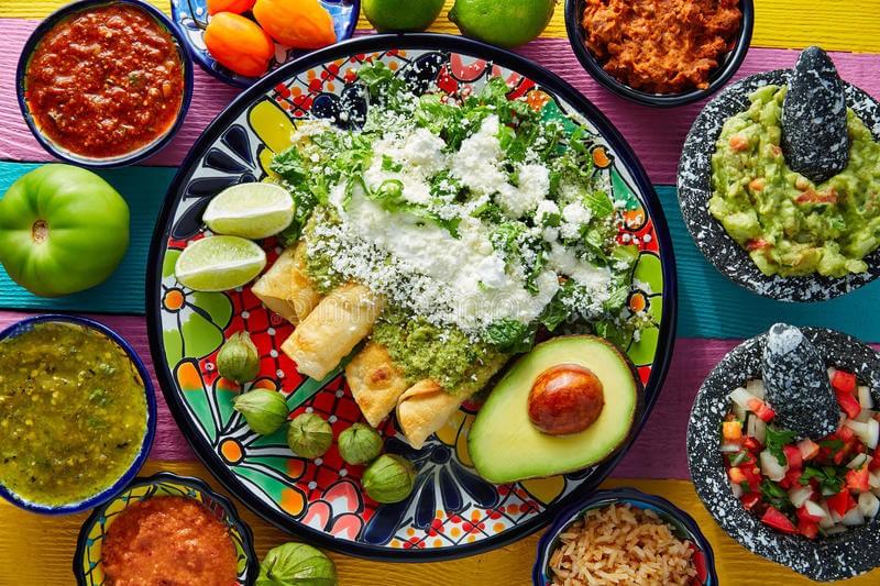 gastronomia-mexicana-mesa-habla