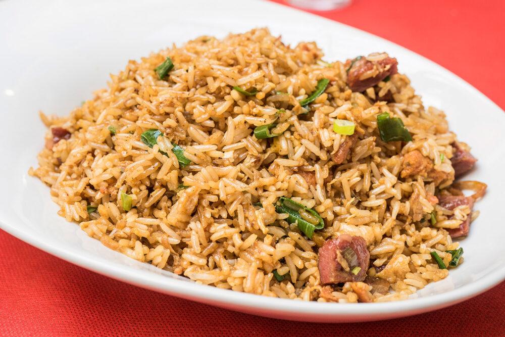 arroz-chaufa-cecina-mesa-habla-peru
