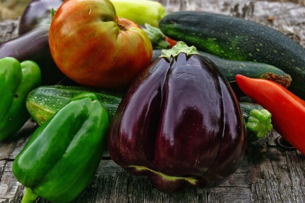 mesa-habla-verduras