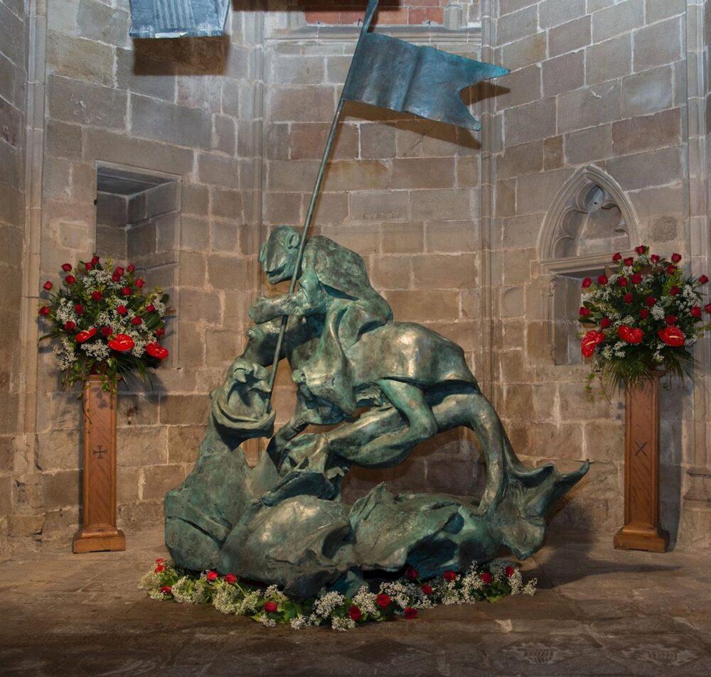 mesa-habla-sant-jordi-catedral-barcelona