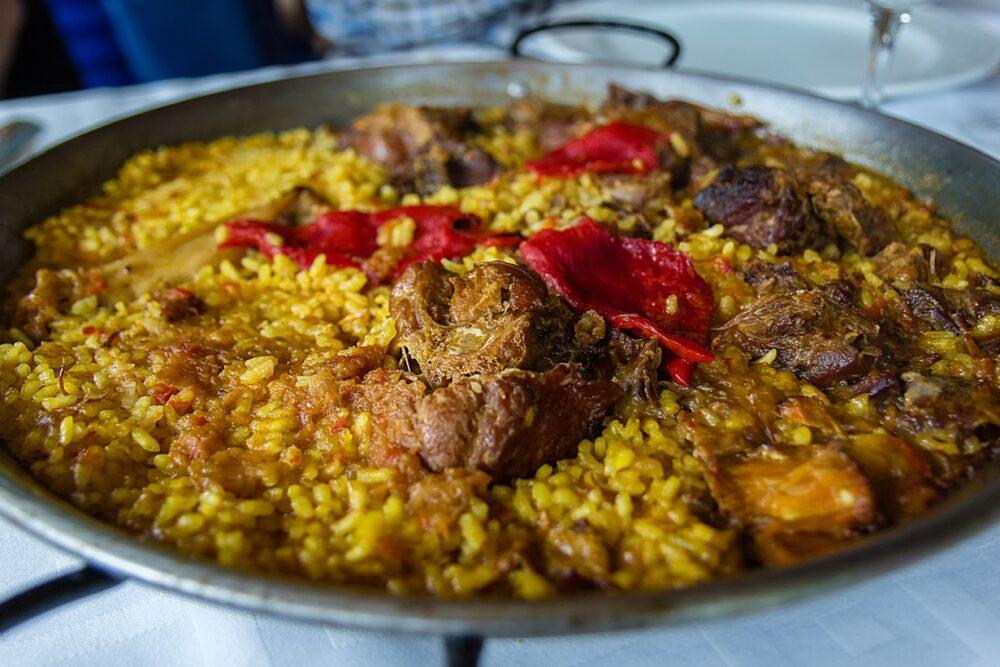 mesa-habla-arroz-pitu-caleya