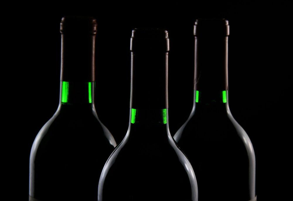 mesa-habla-botellas-vino-concurso-casino-madrid