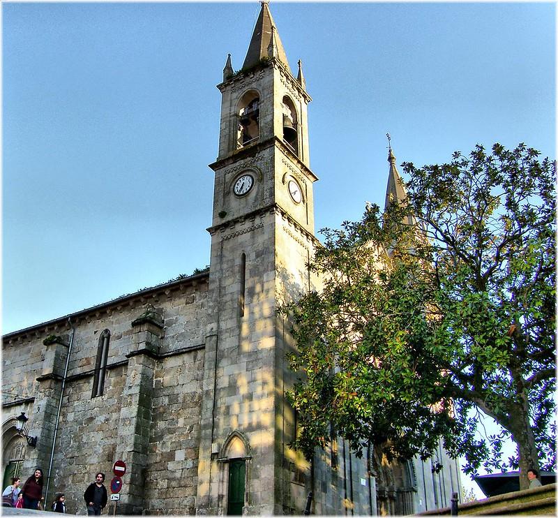 mesa-habla-iglesia-santiago-betanzos