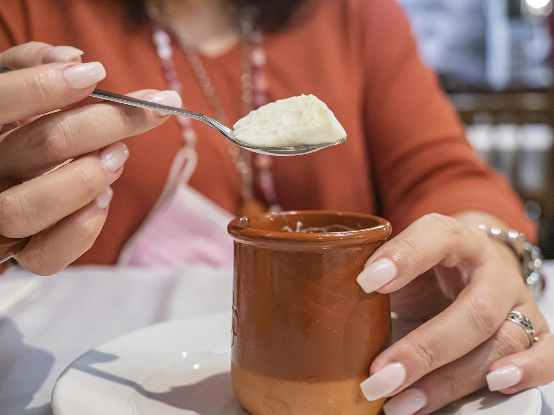 mesa-habla-sabores-primarios-gusto-cuajada-restaurante-neru