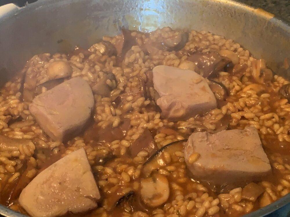 mesa-habla-arroz-meloso-setas-foie 12