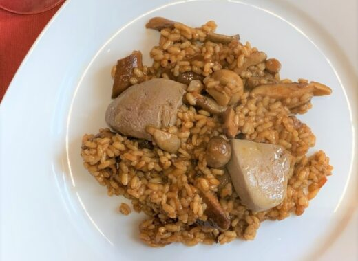 mesa-habla-arroz-meloso-setas-foie-portada