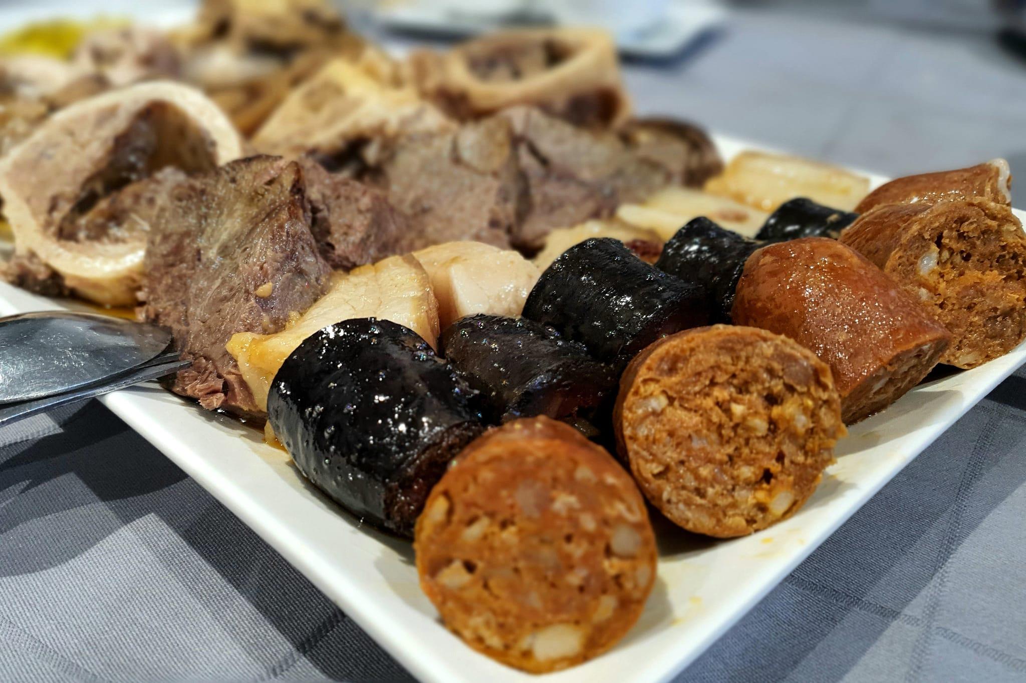 mesa-habla-pancipelao-carnes