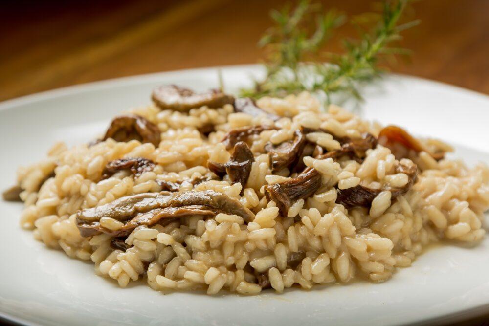 mesa-habla-risotto-setas-aceite-trufa-blanca