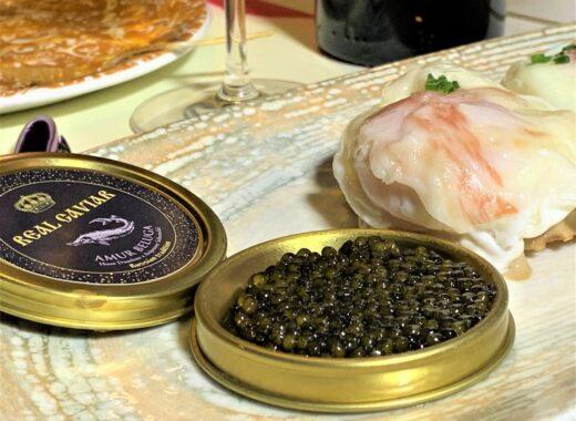 mesa-habla-restaurante-nena-huevos-caviar-portada
