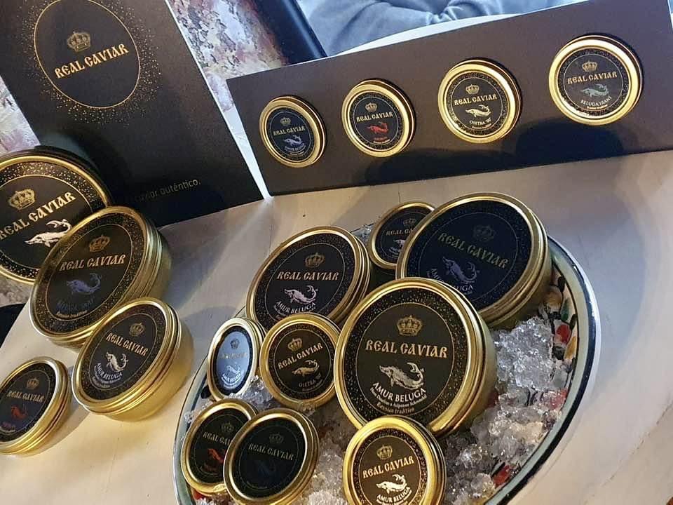 mesa-habla-restaurante-nena-real-caviar 1