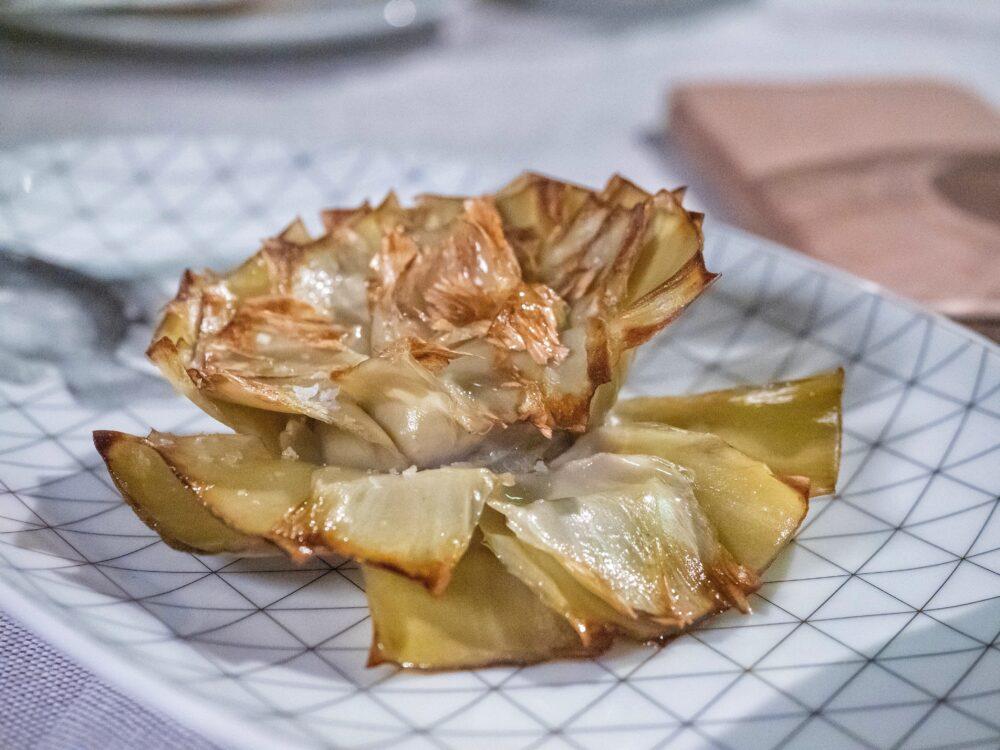 mesa-habla-alcachofa-restaurante-pez-fuego-madrid