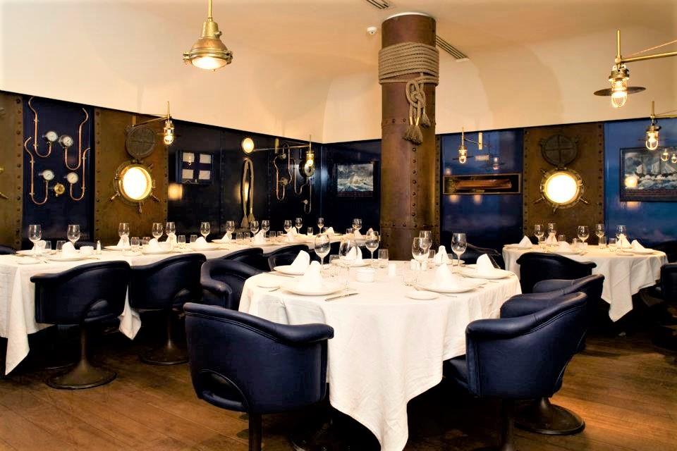 mesa-habla-restaurante-telegrafo 4